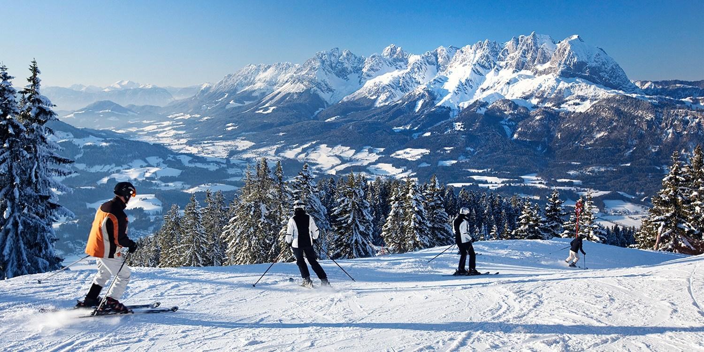 (Lokal MUC) Ski-Opening am 10.12. in St. Johann: Busfahrt + kleines Frühstück + Skipass für 25 € (Normal 50 €) @ Travelzoo Deals