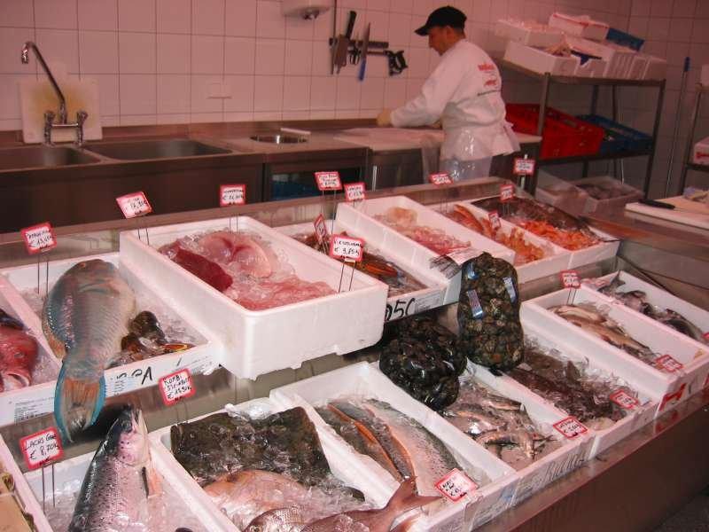 [lokal Rosenheim] 50€ Gutschein für die Rosenheimer Fischhalle für 26€