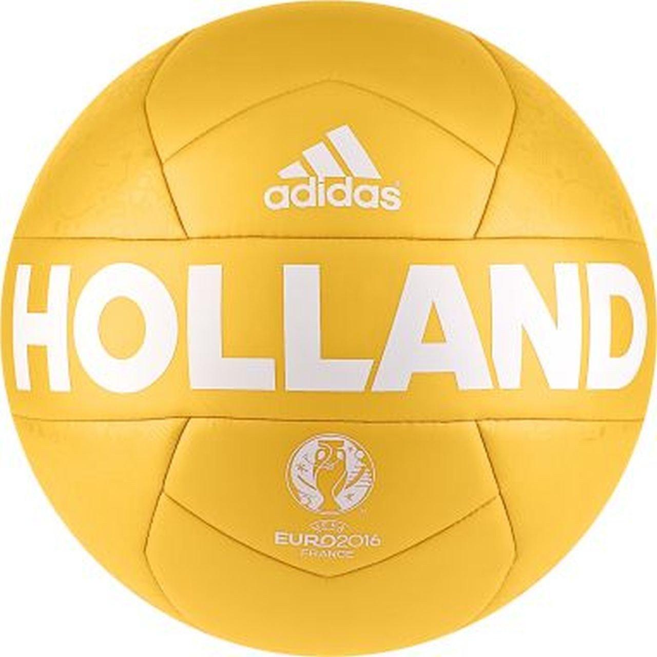 Puma Niederlande Fußball Gr. 5 für 8,04€ statt 16,48€ / Adidas Holland Fußball Gr. 5 für 10,24€ statt 18,99€ [Amazon Prime]
