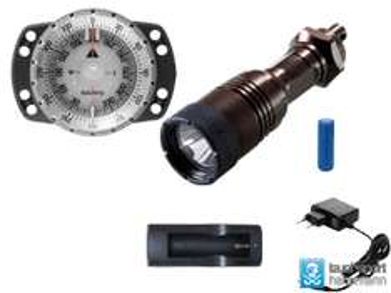 Tauchlampe und Tauchkompass Scubapro 700R, Suunto SK 8
