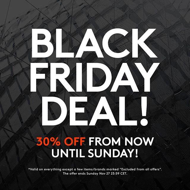 Nike, Adidas, Reebok etc. .... Caliroots Black Friday 30 % Rabatt auf (fast) alles!