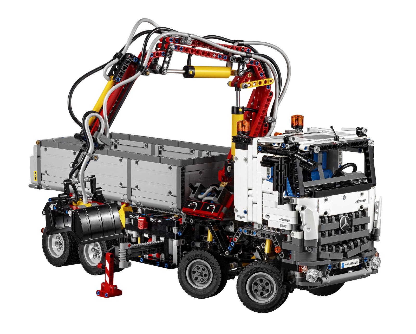 [Thalia] LEGO® Technic 42043 - Mercedes-Benz Arocs bei Thalia mit 20% Sovendus Gutschein für 135,20€