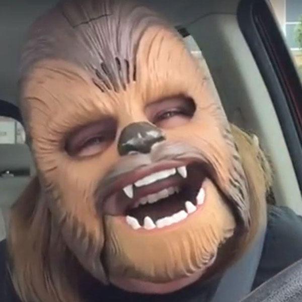 Weihnachtsquatsch mit Wookie: Die Chewbacca-Maske bei Amazon