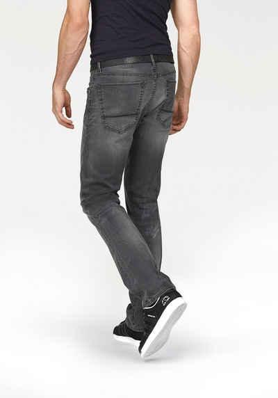 Otto: Bruno Banani Jeans ab 22,99