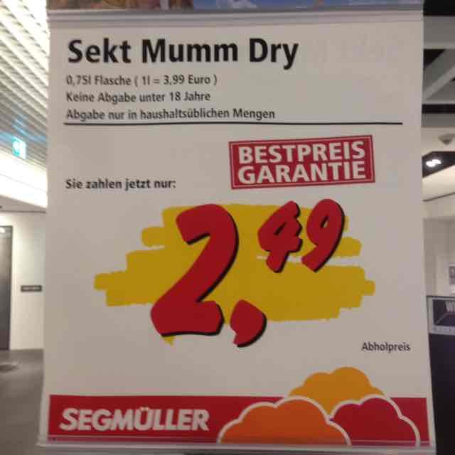 """TOP-Preis!!! 0,75l Flasche """"MUMM DRY"""" Sekt für 2,49€ (lokal in Pulheim)"""