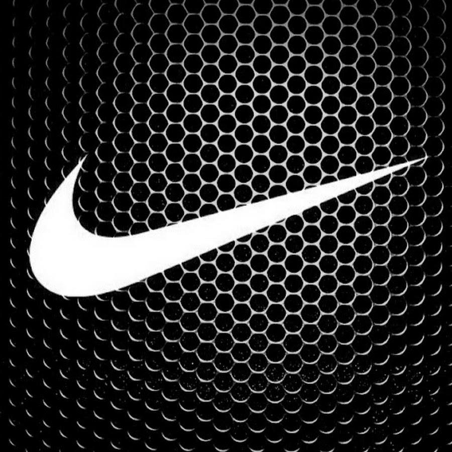 Nike Flash Sale - einige Klamotten und Schuhe im offiziellen Store um 50% reduziert