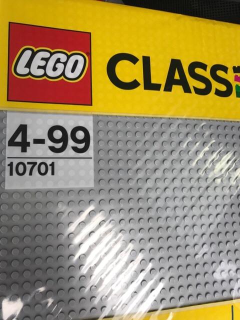 Lego Bauplatte 10701 bei Rossmann für 9€ bzw 8,10€