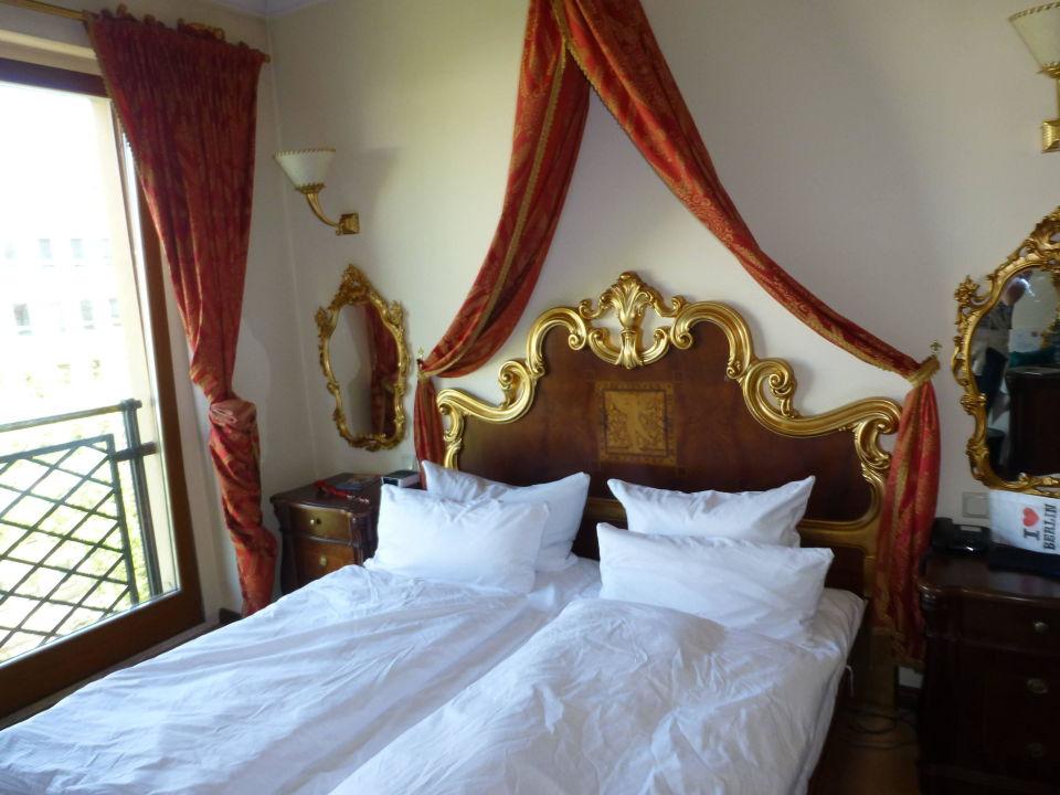 Eine Übernachtung im Albergo City Hotel Berlin für 2 Personen für 38€