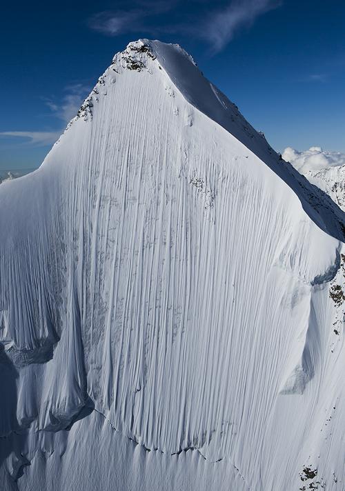 """Freeski-Film: Jérémie Heitz in """"La Liste""""   .......15 steilsten Flanken der Alpen unter die Bretter zu nehmen...."""