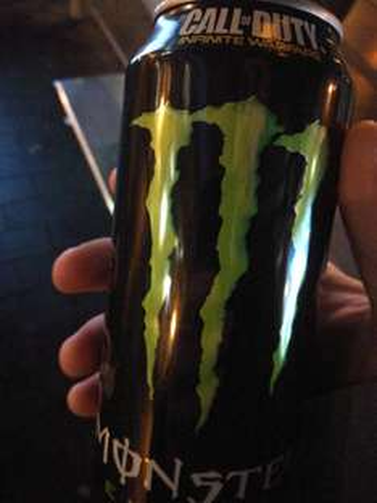 Monster Energy (grün) lokal bei REWE in Alt-Hürth