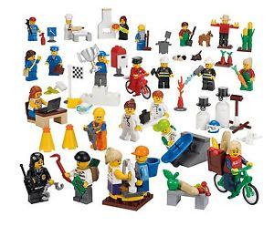Lego Leute Set (9348) [EBAY]  22 Minifiguren Karton beschädigt