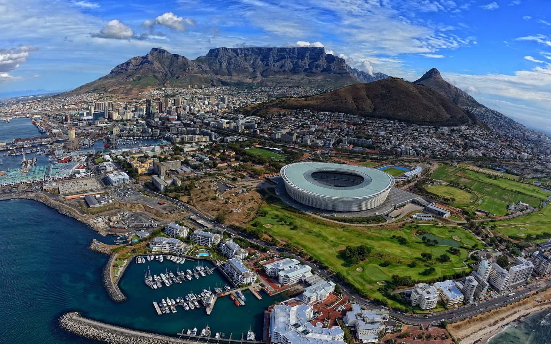 Südafrika Error Fare: Business Class Hin- & Rückflüge schon für 611€ nach Kapstadt (Seychellen oder Madagaskar für 603€/640€)