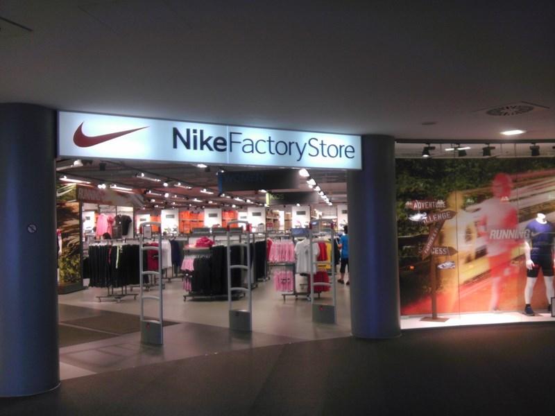 30% auf alles im NIKE Factory Store Herzogenaurach