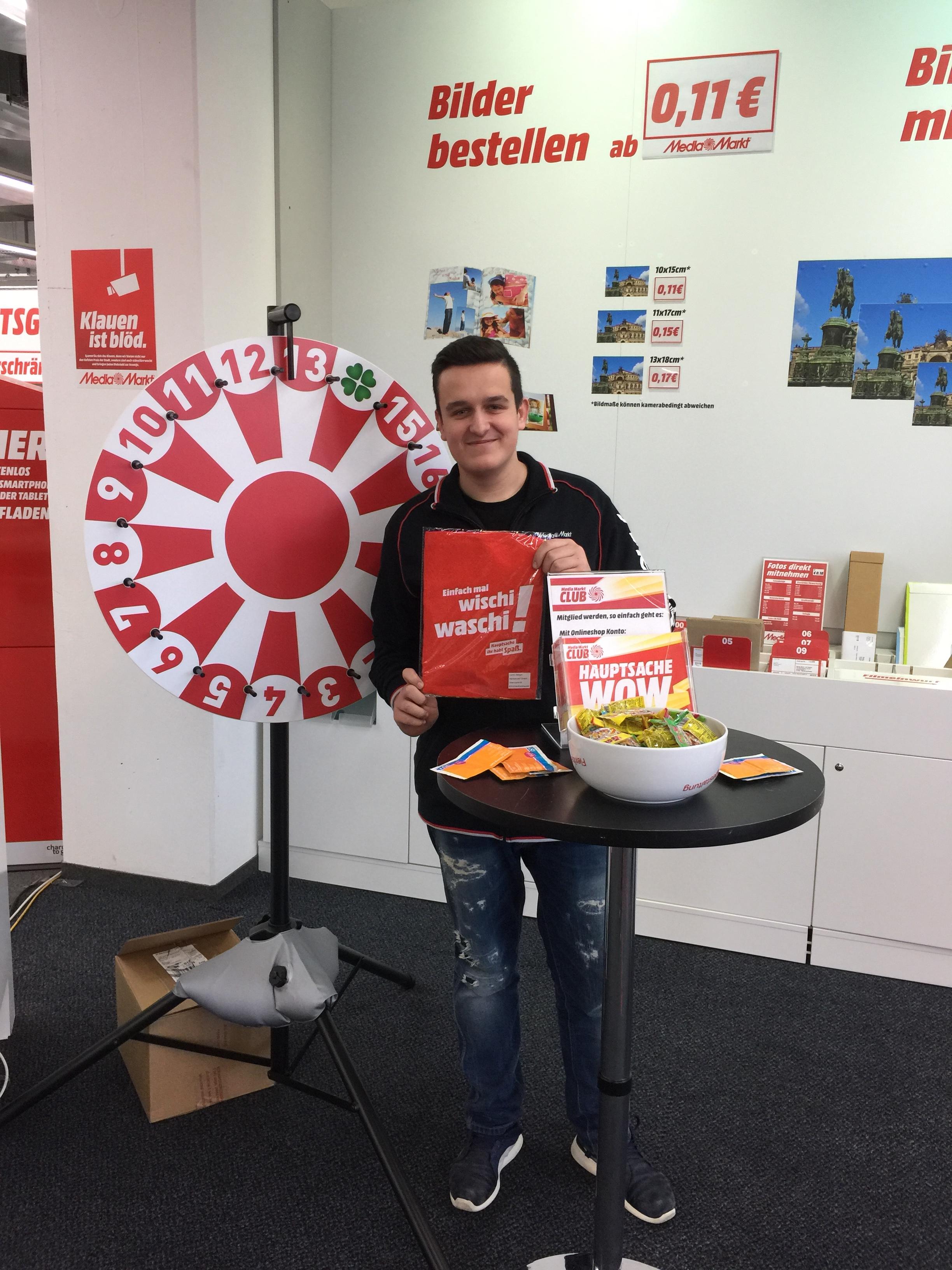 Media Markt Nienburg Zeugnis Aktion jede 1 2€ und jede 2 1€