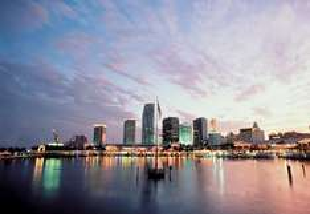 [Januar-Juni]Langes Wochenende in Miami: 4 Übernachtungen in Miami Beach (Fr.-Di.), Direktflug ab Köln, inkl. Transfer für ~450 € p.P.