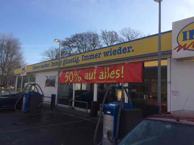 Lokal: imo Autowäsche 50% auf alles, Charlottenburger Chaussee 47