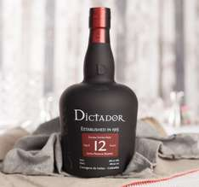 (Foodist) Dictador Aged 12 Jahre Rum 0,7l (40%) für 24,80€