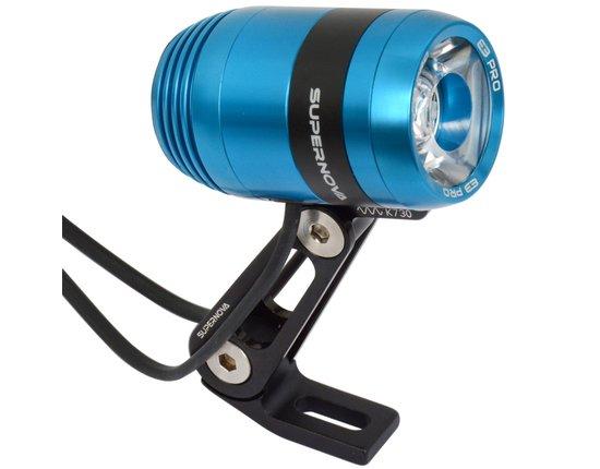 Supernova E3 Pro2 in blau STVZO Konform (LED Scheinwerfer, Fahrradlampe)