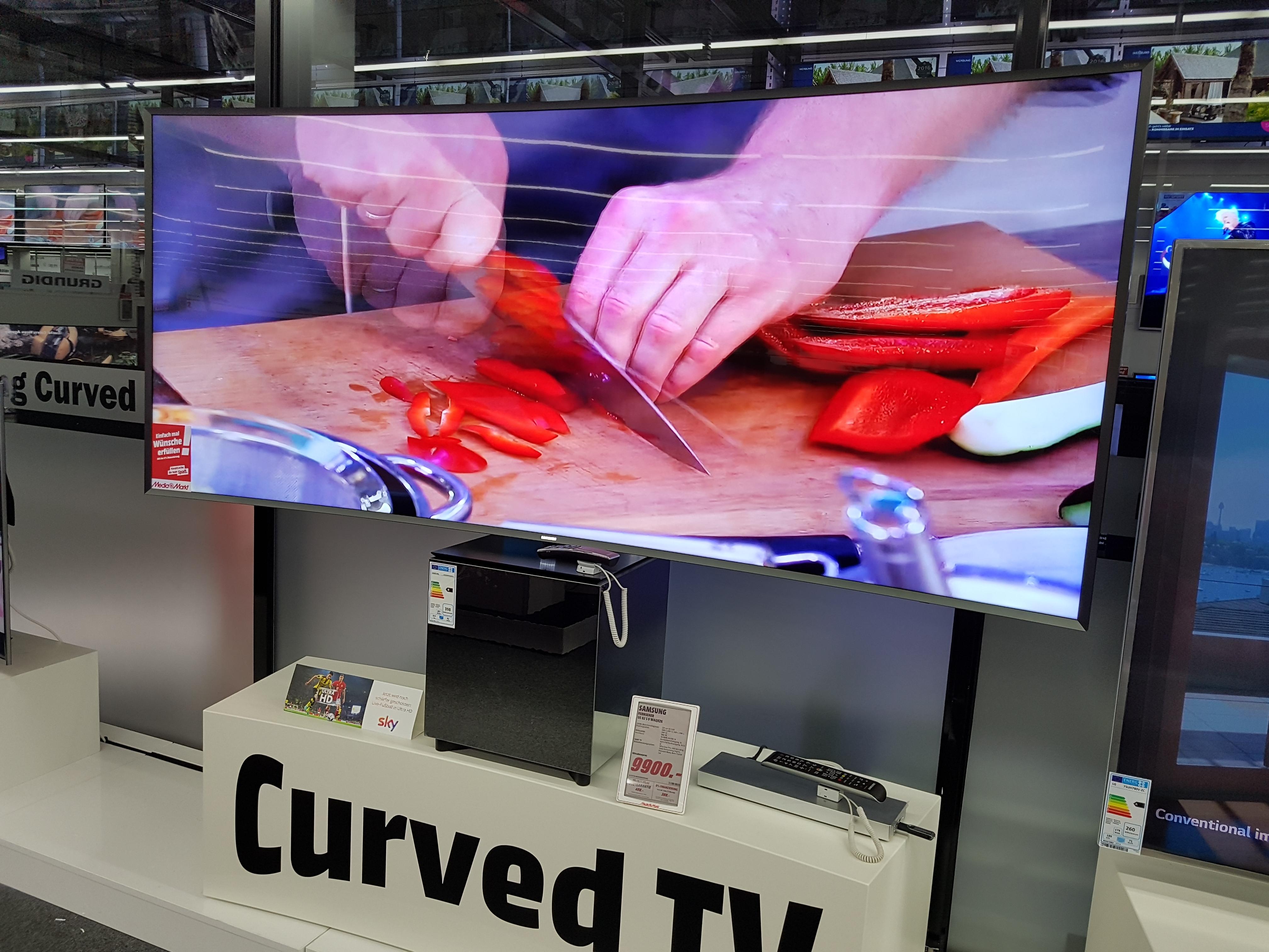 Samsung UE82S9WAQ 21:9 SUHD Premium Fernseher für 9.900,- euro anstatt 21,999 euro. Ersparniss 12,099 euro (Mediamarkt Nordhorn) Versand möglich