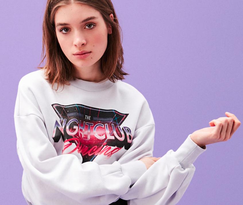 Midseason-Sale bei Bershka mit 40% Rabatt auf viele Artikel, Shirts für 5,99€, Pullover für 8,99€