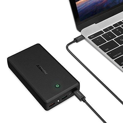 [Amazon] AUKEY Powerbank 30000mAh +  USB C Kabel