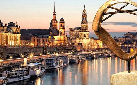 Eine Übernachtung im ACHAT Premium Dresden 4 Sterne Hotel inkl. Frühstück für 2 Personen + Kind für 58€