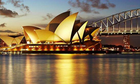 Oneway Athen - Sydney ab 175€ Handgepäck, 248€ mit 1*20kg
