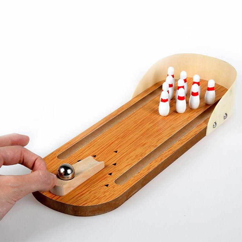 mini desktop bowling zum effektiven zeitvertreib f r zu hause im b ro und vielen weiteren orten. Black Bedroom Furniture Sets. Home Design Ideas