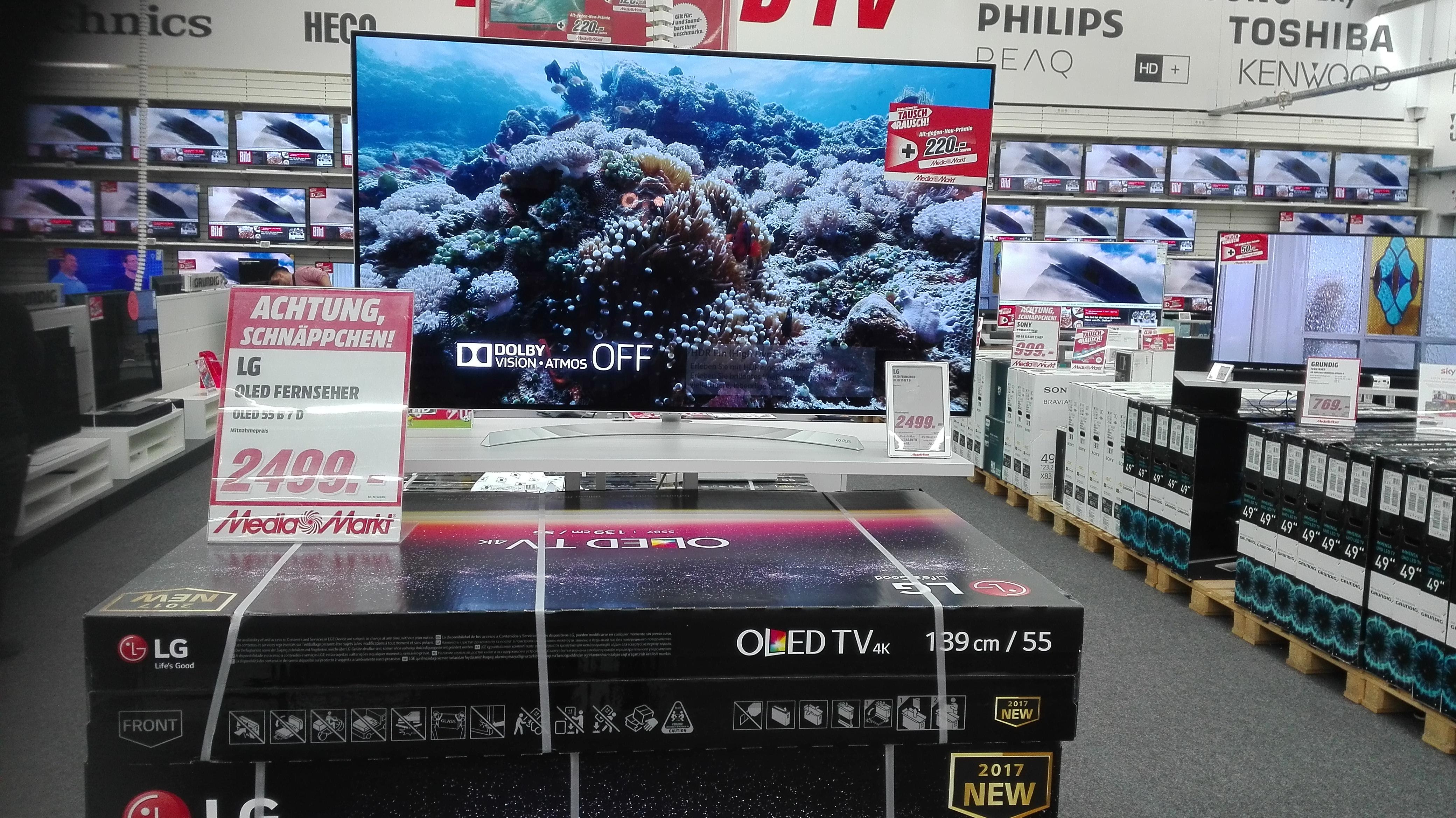 lg 4k oled tvs 2017 b7 c7 e7 g7 w7 wallpaper. Black Bedroom Furniture Sets. Home Design Ideas