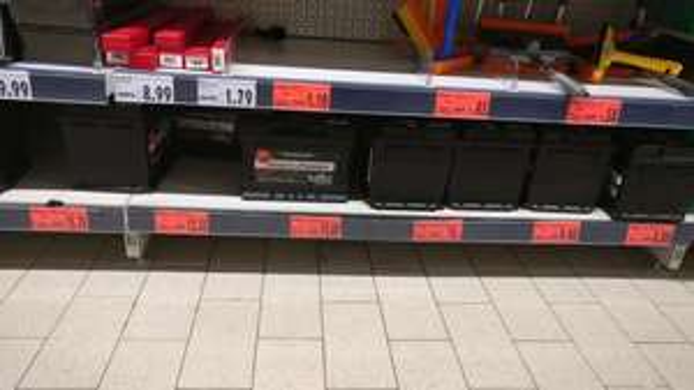 [Lokal Andernach] Autobatterien bis zu 75% reduziert