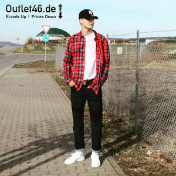Lee lang- und kurzärmlige Hemden viele Modelle, alle 14,99 €