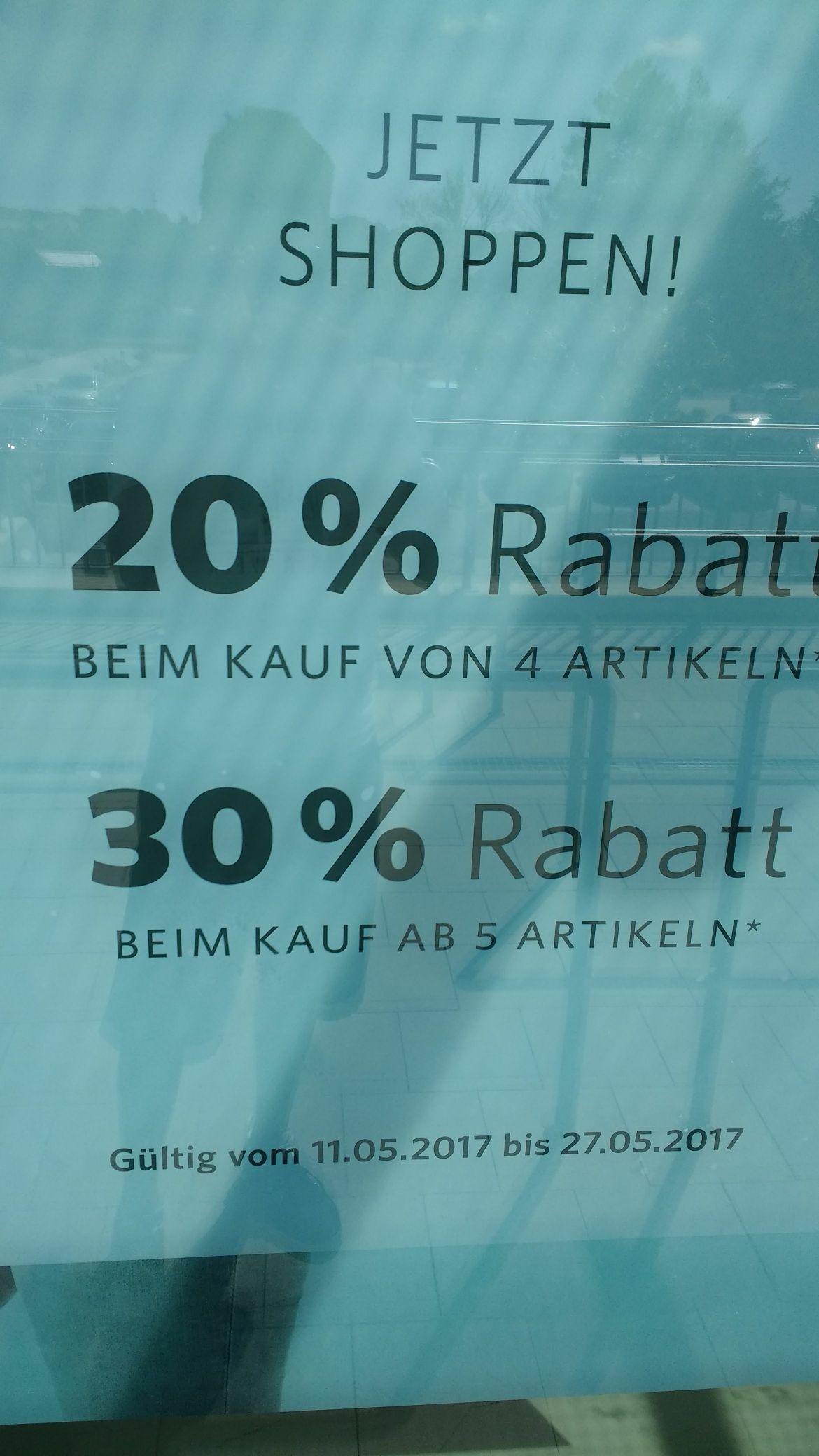 ESPRIT Outlet Ratingen / 30% Rabatt ab 5 Artikel