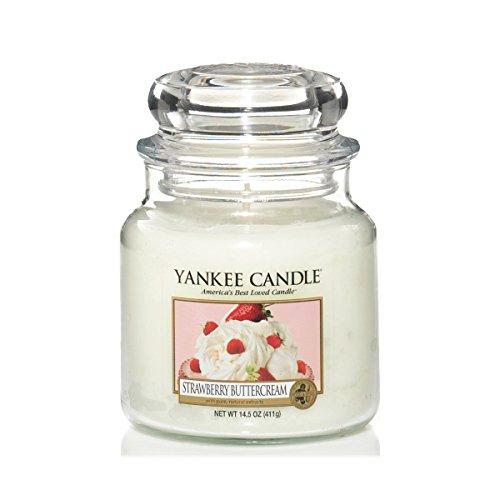 [amazon.de] Yankee Candles reduziert, z.B. Strawberry Buttercream (mittleres Jar, 410 g) für 8,34 €, Winter Glow (12 Teelichte) für 2,98 € (letzteres als Plusprodukt)