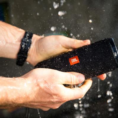 JBL Flip 3 spritzwassergeschützter Bluetooth Lautsprecher mit bis zu 10h Akkulaufzeit