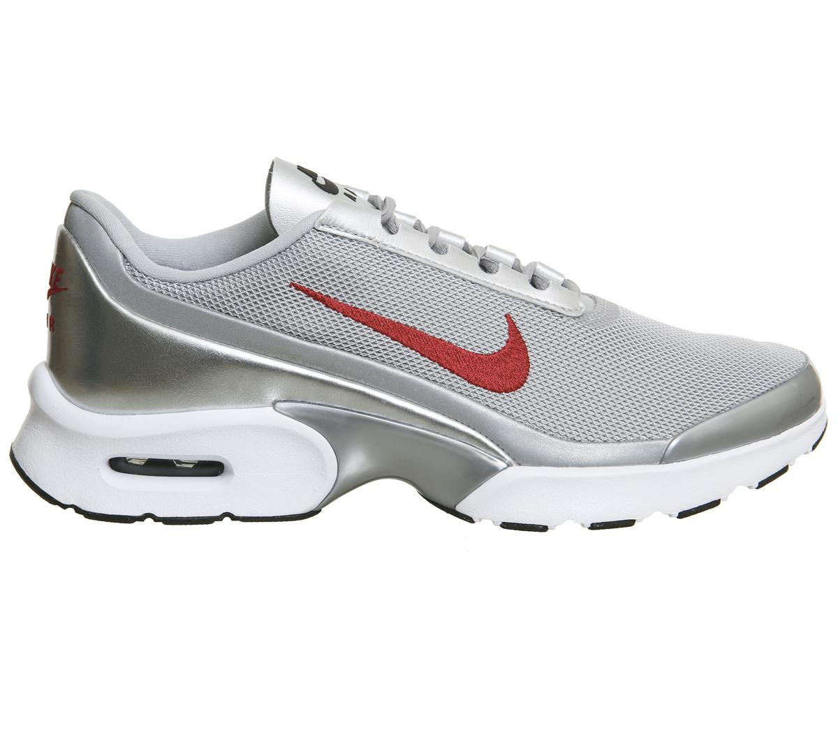 Nike Air Max Jewell  Metallic Silver Varsity Red 2017 / Damen Sneaker (Gr. 37-40) bei Office London für 60€ statt 108€ / Kreditkarte erforderlich !