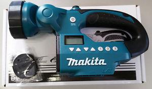 Makita Akku-Radio-Lampe 14,4V + 18V BMR050 @ebay 38,98€