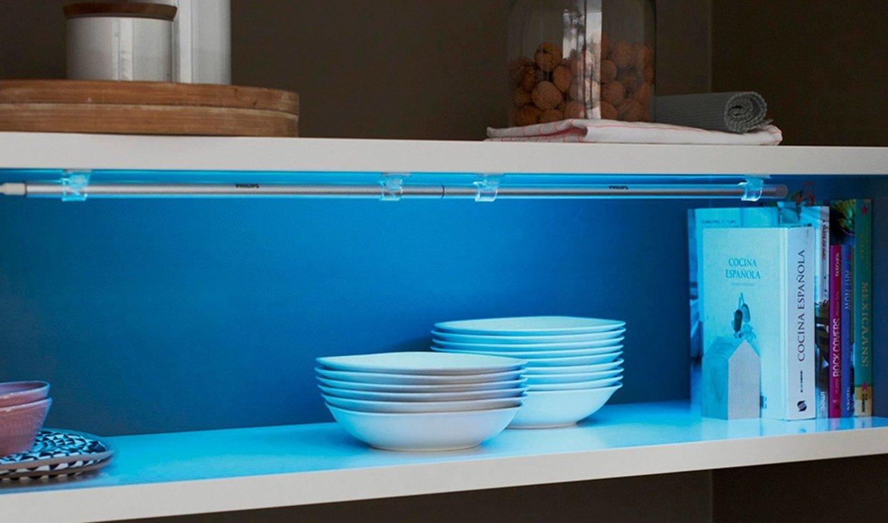 2er Pack Philips LED LightStrip Colour 3W Lichtleiste Beleuchtung Farbwechsler mit dem 20%-Gutschein für 31,99€