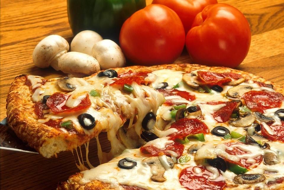 Gratis-Pizza [Lokal Neuss] am 10.06.