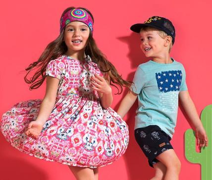 20% Rabatt auf alle Hosen, Kleider und Röcke bei [MyToys] z.B. Bermudashorts von s.Oliver für 18,94€ inkl. VSK statt ca. 35€