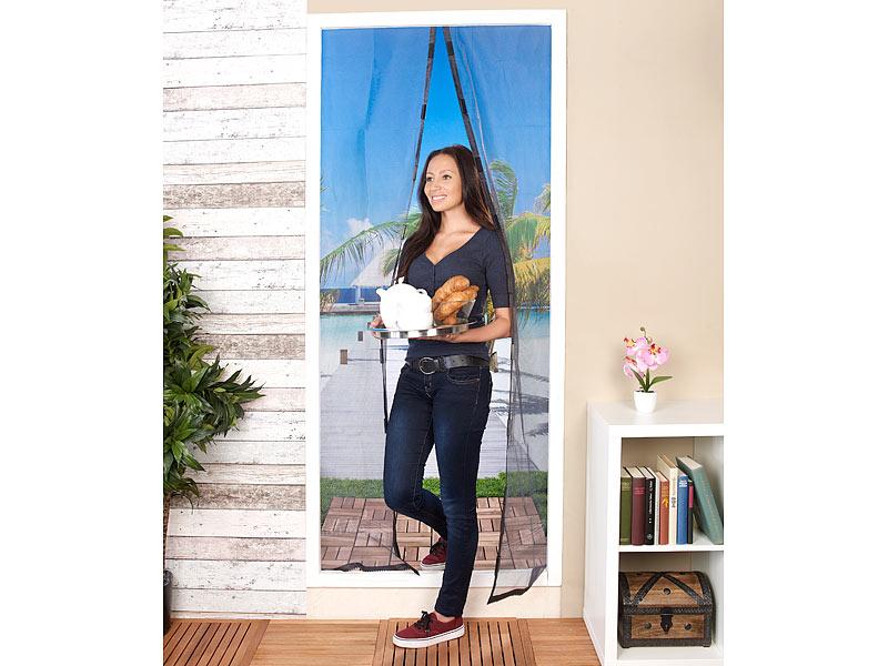 Selbstschließendes Fliegennetz für Türen, 90 x 210 cm für 0€ @ PEARL