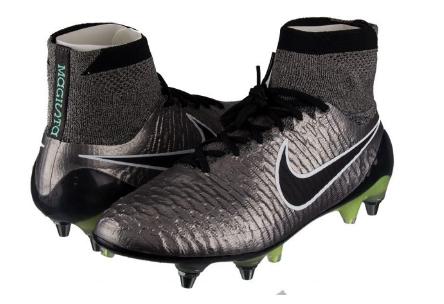 Großer Nike Fußball-Sale bei Top12, z.B. Nike Magista Obra SG - Pro Metallic *wieder da*
