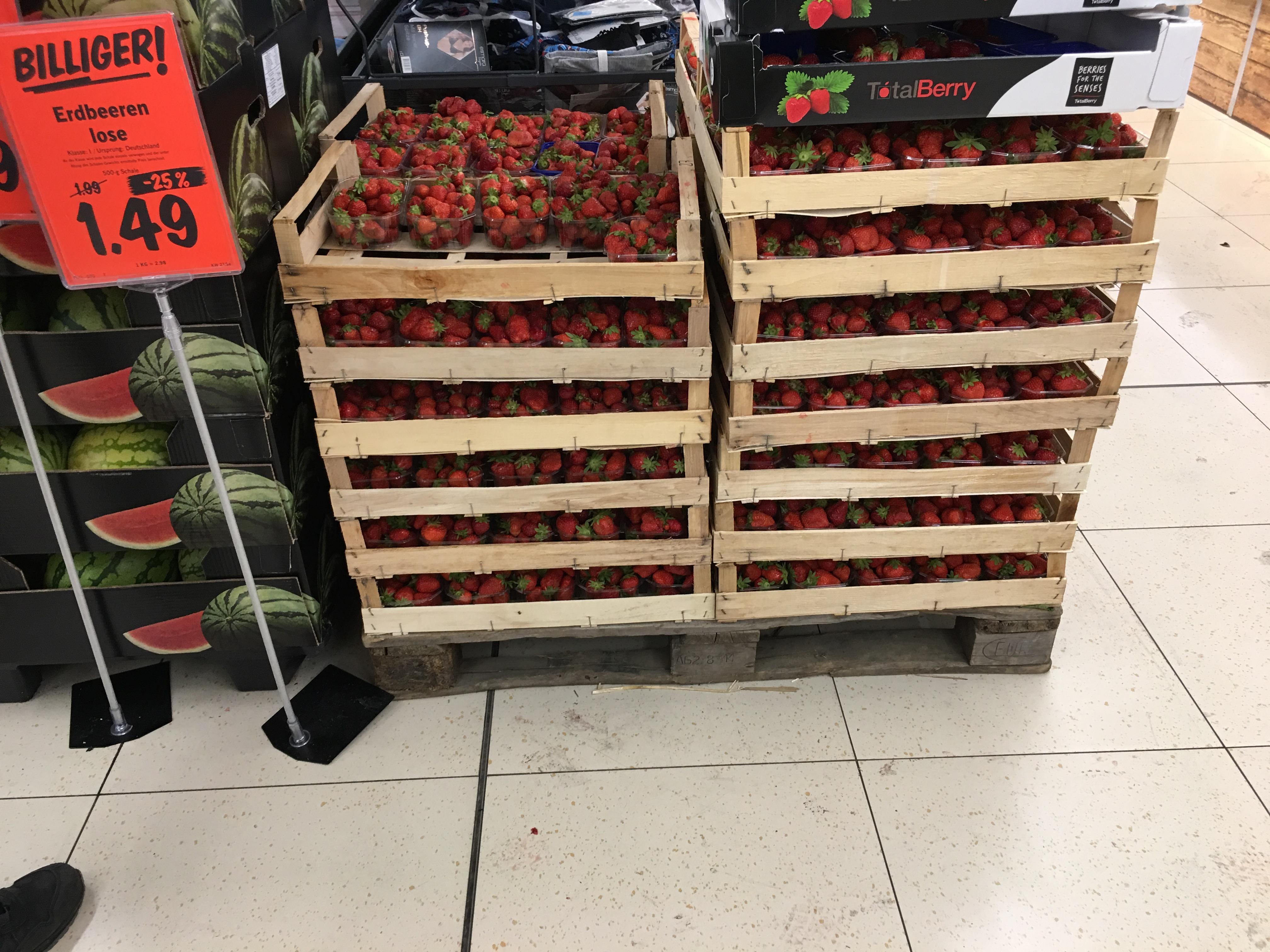 (Lokal Lauf an der Pegnitz) 500g Deutsche Erdbeeren