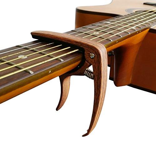 Gitarrenkapodaster in Holzoptik für 9,90€