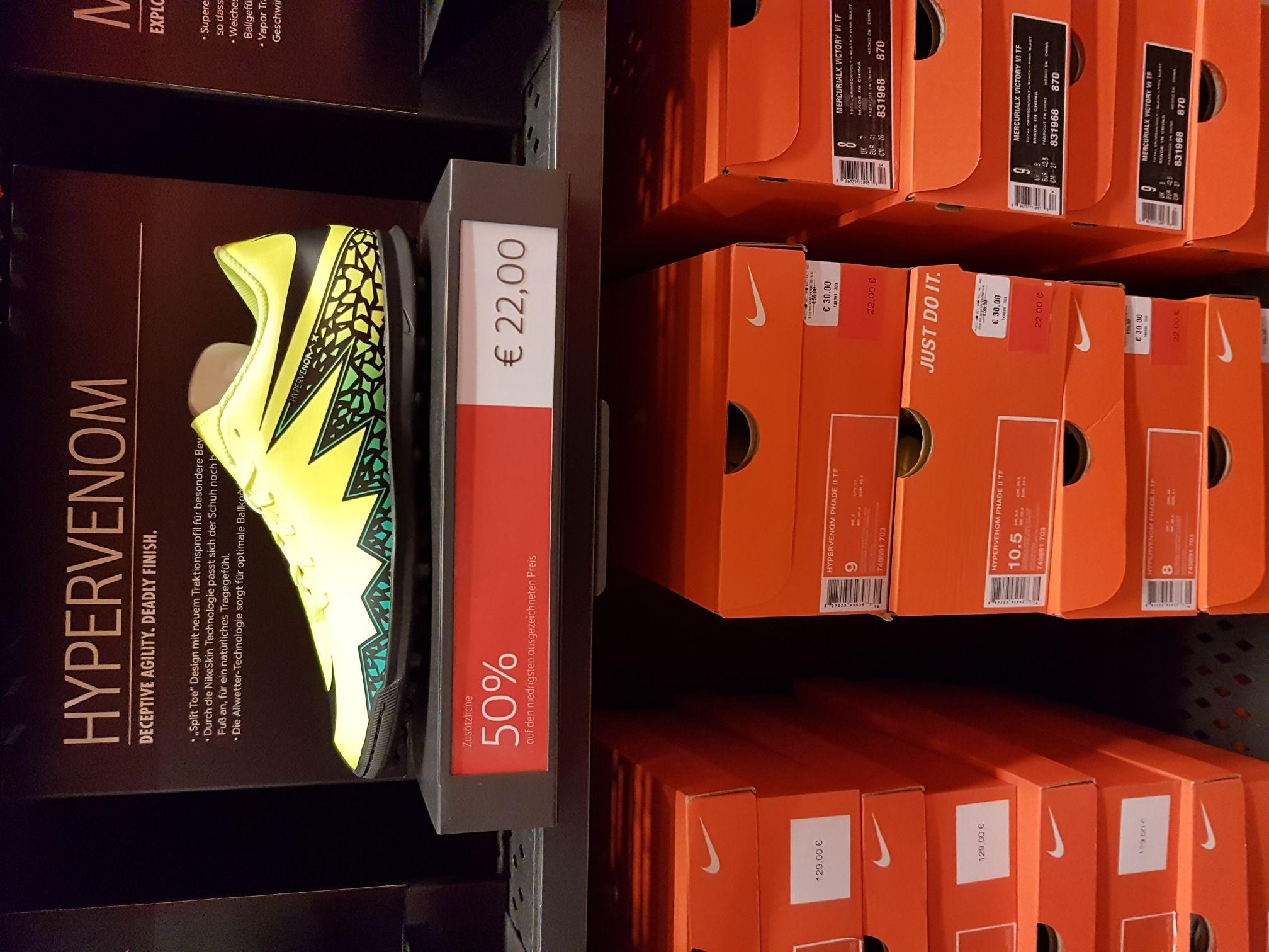 [Lokal München Parsdorf-City: Nike Outlet] - Nike Performance - Hypervenom Phade II TF - neongelb