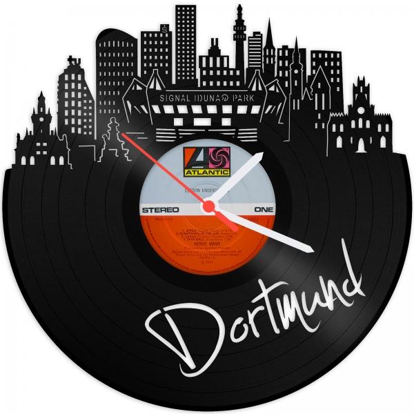 [Gravurzeile.de] Schallplattenuhr Dortmund Skyline für 15,90€ (statt 33,90€)