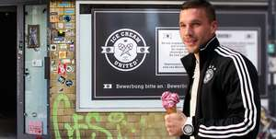 [Lokal Köln] ICE Cream United 2 Kugeln Eis gratis verteilt von Lukas Podolski in seiner eigenen Eisdiele.