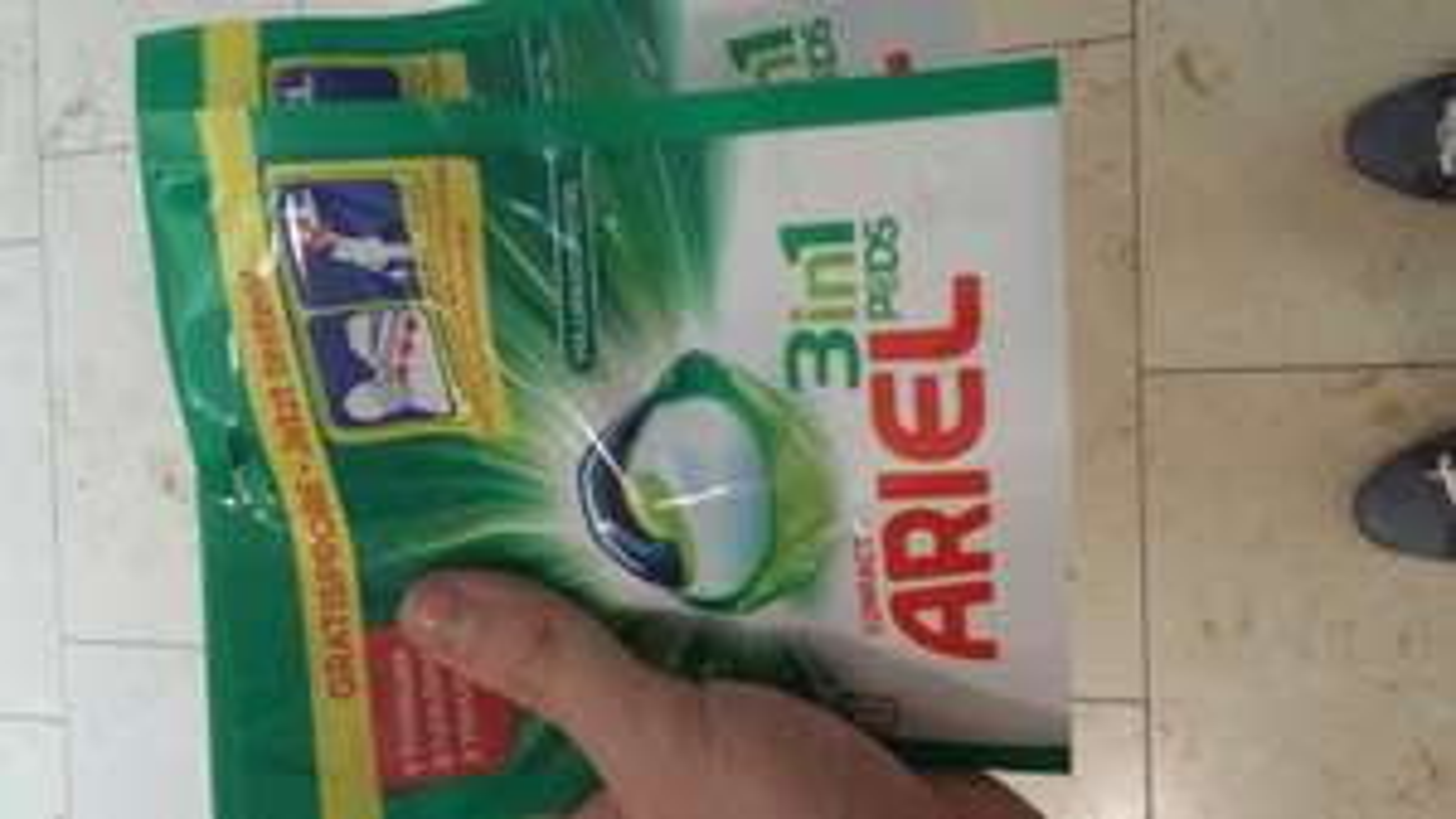 Gratis Ariel compact pods im dm