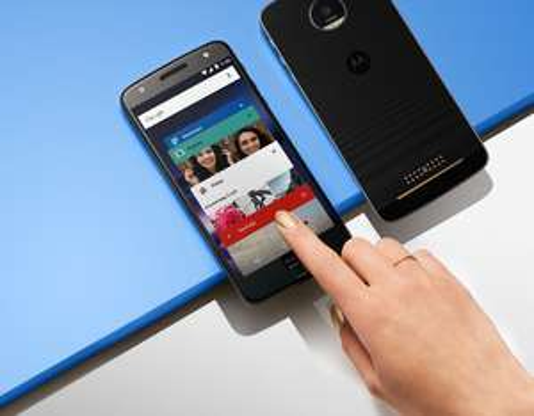 Moto Z (Dual-Sim ?!?) wieder verfügbar bei Motorola im Motomaker wieder inkl. kostenlosem zusätzlichen Styleshell für 249€