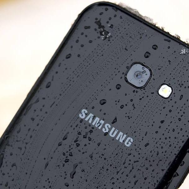 Samsung Galaxy A5 2017 - 5,2''   FullHD AMOLED   3 GB RAM   32 GB Speicher (erweiterbar)   3.000 mAh   Android 6.0