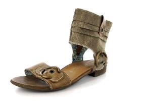 Für kleines Geld auf großem Fuß leben - Damen-Sandalen in Übergröße